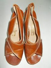 Vintage Manor Bourne For I. Magnin & Co. Brown Italian Wedge Pumps Heels Sz 7