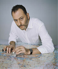 Jean Reno UNSIGNED photo - G540 - HANDSOME!!!!!