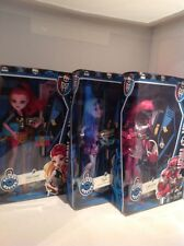 3 Monster High ScareMester Dolls Catty Noir, GiGi and Twyla