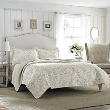 Laura Ashley Amberley Bisquit Reversible Quilt Set, Full/Queen