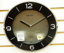 "SEIKO ""WINDSOR"" MUSICAL  WALL CLOCK W/ 18  HI-FI MELODIES AND CHIMES QXM358SLH"