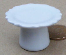 1:12 Scale Large White Ceramic Cake Stand Dolls House Miniature Accessory W52