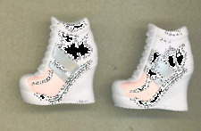 Monster High Shoes - Hard to Find!