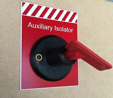 Warning label marked AUXILIARY ISOLATOR suits Narva 61038BL keyed Battery switch
