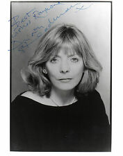 ENGLISH ACTRESS ALISON STEADMAN HANDSIGNED 10 x 8 B&W PROMO PHOTOGRAPH