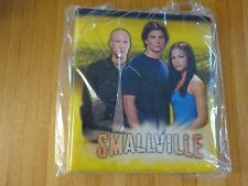 "NEW!!  INKWORKS  ""SMALLVILLE"" TRADING CARD BINDER! LOOSELEAF (yellow background)"