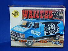 """MPC 1980 Dodge Van """"Wanted"""" Model Kit 1/25 scale"""