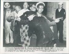 1953 US Customs Officer Searches Chinese Seaman SS Greystoke Castle Press Photo