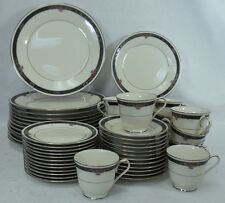 NORITAKE china ETIENNE 7260 pattern 60-piece SET SERVICE for Twelve (12)