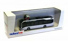 Holland Oto 1/87: 8-1129 Volvo 7900 Electric Hybrid, weiß, mit Ladeplattform