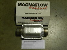 "New Magnaflow 3"" Inlet/Outlet Universal Catalytic Converter 94109 Cat"