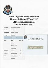 DAVE DAVIDSON NEWCASTLE UTD 1930-1937 VERY RARE ORIG HAND SIGNED CUTTING/CARD