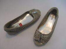 Womens MICHAEL KORS Moxley Beige Leather Punched Leather Flats Drivers 8.5 M