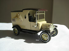 1912 FORD MODEL T HIS MASTER`S VOICE VAN WITH ORIGINAL BOX