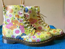 NEW Dr. Martens Women's Boots Vintage Combat Daisy Floral Yellow Size 10