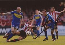 Swindon: Alan McCormack firmado 6x4 foto de acción + certificado De Autenticidad