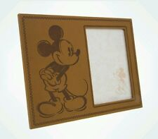 DISNEY PARKS 5 × 7 MICKEY MOUSE ICON ON SIDE VINYL PICTURE PHOTO FRAME