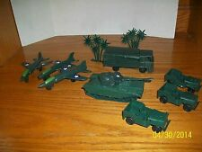 Vintage Lot of Plastic Army Vehicles and Army Men all made in Hong Kong