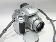 Fujifilm Finepix S3000 Zoom Digital Camera 6x optical Zoom Fujinon Lens