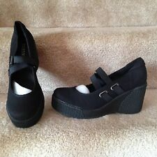 New Very Nice Lite weight Womens Shoes Color  Black Size 8M