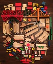 lot of 200 pcs vintage wooden building blocks train tracks plastic connectors