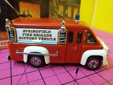 Matchbox yesteryear fire trucks~YFE16~1948 DODGE ROUTE VAN SUPPORT TRUCK~MIB~COA