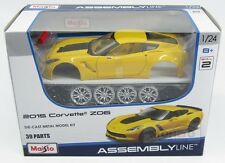 Chevrolet Corvette Z06 C7R Coupe 2015 Yellow KIT Maisto 1:24 MI39246Y