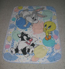 LOONEY TUNES BABY BLANKET QUILT TWEETY BIRD BUGS BUNNY SYLVESTER PASTEL BALLOONS
