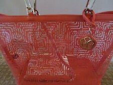 TRINA TURK NWT CORAL PRINTED CLEAR VINYL FAUX LEATHER TRIM LARGE TOTE W/WRISTLET