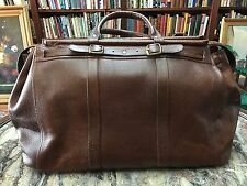 New Doctor's Leather travel Bag With detachable Shoulder Straps