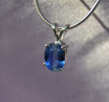 .85 CT HANDCRAFTED 7MM X 5MM OVAL BLUE KYANITE PENDANT IN STERLING SILVER