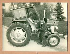 PHOTOGRAPHIE - PHOTO :  TRACTEUR AGRICOLE MASSEY FERGUSON 165 - CABINE TIM