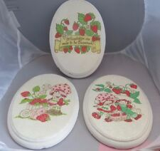 Vintage Strawberry Shortcake set of 3 Ceramic glitter plaques 9x6