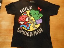 OFFICIAL MARVEL HULK VS SPIDERMAN BLACK T-SHIRT SIZE: MEDIUM **NEW**