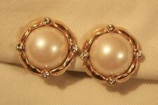 Delighful Roped Rim Raised SimPearl Rounds Rhinestones Goldtone CLIP Earrings
