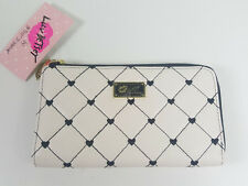NWT LUV BETSEY BY BETSEY JOHNSON WOMEN BLK WHITE QUILTED HEART WALLET~