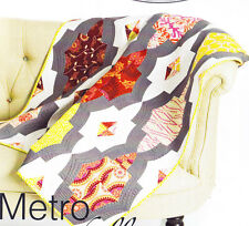 Metro Medallion - fabulous pieced quilt PATTERN - uses Quick Curve Ruler