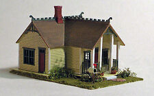 THE WILLOW GLEN Doll House Fo Your Doll House Structure Unptd Plastic Kit GL3425