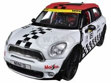 MINI COOPER COUNTRYMAN WHITE #13 1/24 DIECAST CAR MODEL BY MAISTO 31367