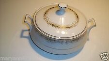 Queen Anne Signature Collection Soup Tureen Covered Casserole Serving Bowl Dish
