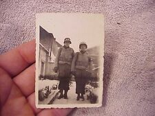 ORIGINAL WWII US PHOTO - TWO MPs WITH MP HELMETS - ANDENNE BELGIUM JAN 1945