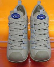 Baci �� Comfortable Lace Up Walking Leather shoe Size 8 Minimal Wear Clean