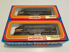 Marklin HO 3129 + 4129 Set - Southern Pacific Diesel Locomotive