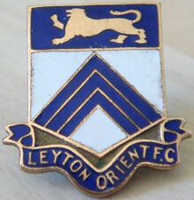 LEYTON ORIENT Very rare SUPPORTERS CLUB badge Maker FATTORINI B'ham 27mm x 28mm