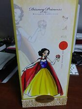 Disney Princess Designer Doll - SNOW WHITE w/Limited Edition # 5075