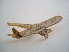 PINS AEROSPATIALE AVION AIRBUS A330 AVIATION