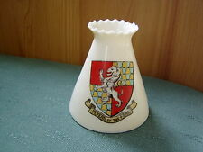 PEVERIL OF THE PEAK DERBYSHIRE CREST-  CRINKLE TOP VASE - GOSS CRESTED CHINA