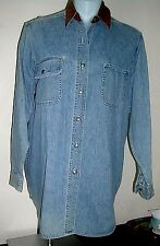 Ladies LIMITED JEANS Denim Blue Long Sleeve Button Down Shirt Size M Med. NWOT