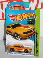 Factory Set 2015 Muscle Mania '13 Hot Wheels Chevy Camaro Special Edition Yellow