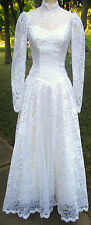Breathtaking Snowy White Vintage 1980's Era Lace Wedding Dress